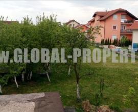 Građ. zem., Zagreb (Sesvetska selnica), 1015 m2. Z-1032