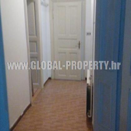 Stan: Zagreb (Sesvete), 122 m2, 2.5s    S-1076