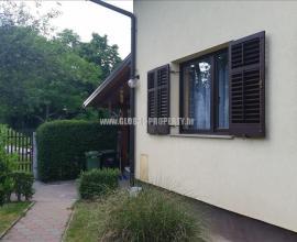 Kuća: Zagreb (Savica), katnica, 125 m2  K-1183